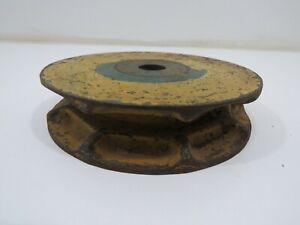 4+11/16 INCH CAST IRON WINDLASS BOW ROLLER WHEEL ANCHOR CHAIN BOAT  (B5B354A)