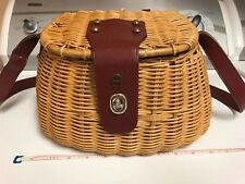 VINTAGE SMALL FLY FISHING CREEL WICKER LEATHER CANVAS LINED BASKET HORSE SHOE