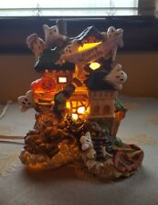 Halloween Ceramic Haunted House Light Up Lamp Decoration with Ghosts