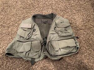 Men's SIMMS Fishing Vest  Size L/XL Euc