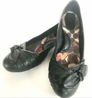 Born Black Leather Flats Bow Accent Women's 8.5 Excellent Trendy