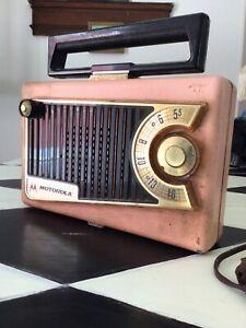 Vintage PINK 1950's Motorola Tube Radio Roto-Tenna 56L3A AM Portable MCM