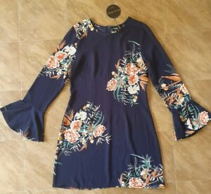 BNWT Caroline Morgan dress!! Size 8!!