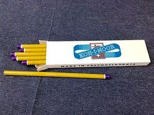 Koh-i-Noor 12 Buntstifte Lila L.C. Hardtmuth 1561 / V Pencil Color DDR