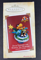 Hallmark Duck Dodgers and Marvin The Martian Looney Tunes Keepsake Ornament 2005