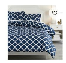 Pottery Barn Teen Lucky Clover Royal Navy Reversible Full Duvet Cover / 2 Shams