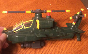 Vintage Green Yellow Army plastic spinning  helicopter Cockpit Opens Battery