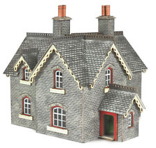 Metcalfe PN935 N Scale Settle/Carlisle Railway Station Masters House Card Kit 1P