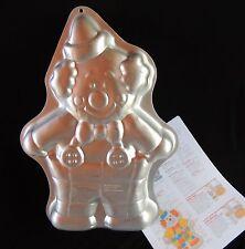 Cute Clown Wilton Cake Pan Vtg 2105-6711 Birthdays Retired Jello Mold Tin Party