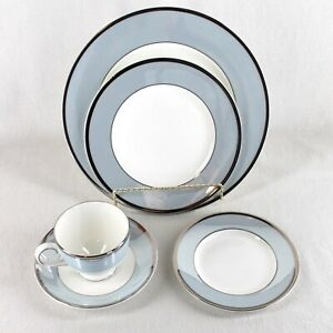 Wedgwood Lustreware Bone China Blue Fin 5 Piece Place Setting Cup Saucer Plates