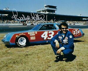 GFA Nascar Indy Daytona 500 RICHARD PETTY Signed 8x10 Photo R1 COA
