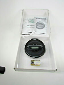 BRAND NEW BOSE PORTABLE CD PLAYER PM-1 ANTI-SKIP WITH MANUAL & BATTERIES