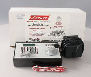 Digitrax DCS50 Zephyr DCC Command Starter Set EX/Box