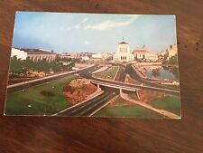 SUPER HIGHWAY WITH CIVIC AUDITORIUM & COURT HOUSE OAKLAND CALIFORNIA POSTCARD