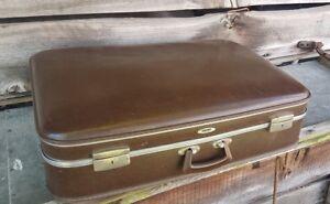 Vintage display prop storage antique old retro case wedding vw roof rack camper