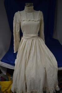 Laura Ashley Retro Victorian Style Wedding Dress UK 12 (1980-90s?)