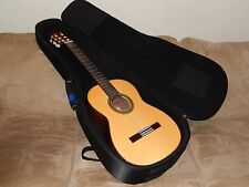 WONDERFUL R.MATSUOKA MH100 HAUSER STYLE CLASSICAL GUITAR IN NEAR MINT CONDITION