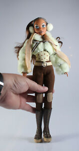 My Scene Doll Skiing Madison Chilling Out Ski Doll and Clothes