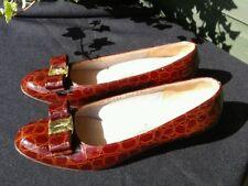 Salvatore Ferragamo Vara Pompe Chaussures Conker Marron CROCO vernies en cuir US 7.5 B