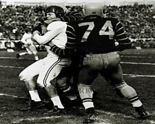 CFL 1950's Als Red O'Quinn tackle by Ti Ctas Pete Neumann 8 X 10 Photo Picture