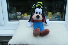 "LOVELY  Disney   Goofy 2000   Fab Condition""  No Tags"