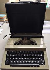 Vintage Adler Tippa Reise Schreibmaschine typewriter schwarz Retro Hardcover
