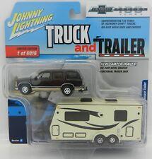 2018 Johnny Lightning *TRUCK & TRAILER 2A* 1997 Chevrolet Tahoe w/CAMPER TRAILER