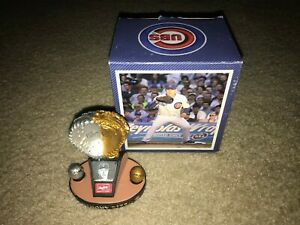 Anthony Rizzo Chicago Cubs SGA 2016 Rawlings Platinum & Gold Glove Statue *NEW!*