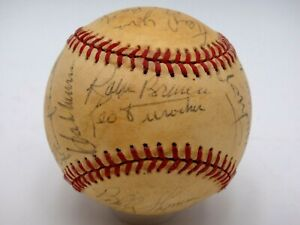 HANK AARON WILLIE MAYS DUROCHER & OTHERS MULTI SIGNED BASEBALL AUTOGRAPHED