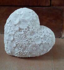White resin floral design pretty sculpture ornament decorative 3d, new.