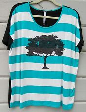 Kensie Wms L Striped Graphic Sequin Bling Tree SS Knit Top