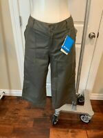 Columbia Green Capri Pants, Size 10, NWT!
