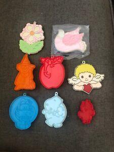 8 Vintage Hallmark Christmas Plastic Cookie Cutters. Disney, Easter, Halloween