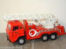Isuzu Truck Fire Chief van Diapet Japan 1:55 *6153