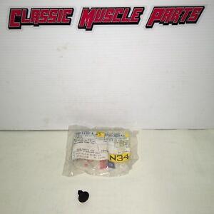 NOS 14 15 16 17 Cherokee Fender Liner Pin Retainer 06030441