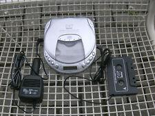 Tragbarer neuwertiger CD-Player, ideal für den KFZ Betrieb