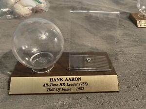 Hank Aaron UV Protected Signed Baseball and Card Case Holder