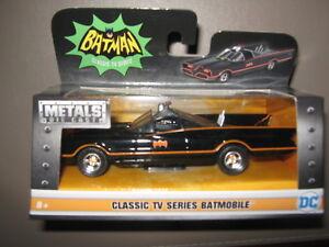 Metals die cast Batmobile 1/32 mint in mint box TV style 1966 classic