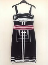 Karen Millen Dress Evenig/Day. Black/White/Pink. knee length. Size UK10.