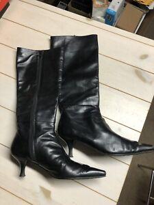 Stuart Weitzman 29566 Womens Designer Boots Size 7 Made In Spain
