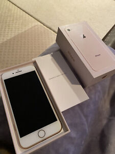 Apple iPhone 8 - 256GB - Gold (Unlocked) A1905 (GSM) (CA) (AT&T)