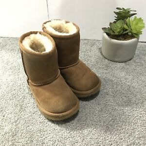 UGG Classic II Boot Toddler Girl Chestnut Brown Size 7