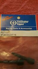 THUNDER TIGER PD7103 STUB AXLE AT-10. NEW IN PACKAGE