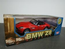 BMW Z8 RED CONVERTIBLE 1/18 DIE CAST BY MOTOR MAX NEW