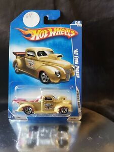 Hot Wheels 2009 Modified Rides ~ '40 Ford Pickup ~ Gold