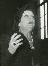 Actrice Pepa Bonafé à la barre de témoin suite à son attaque, 1949, vintage silv