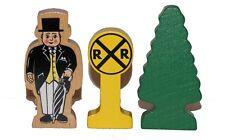3pc WOODEN ACCESSORY PACK Sir Topham Hatt, Tree, RR Crossing Thomas Railway NEW