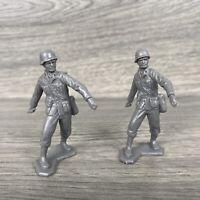 Lot Of 2 Vtg Marx Battleground Gray Army Man Throwing Grenade (missing Grenades)