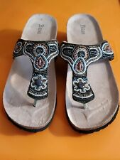 """BASS """"ZORA"""" BROWN MULTI-COLOR BEADED/SEQUINNED SANDALS, US SZ 7.5 M, NWOB"""