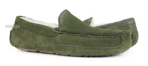 UGG Ascot Moss Green Suede Fur Slippers Mens Size 10 (Fits size 9) *NIB*